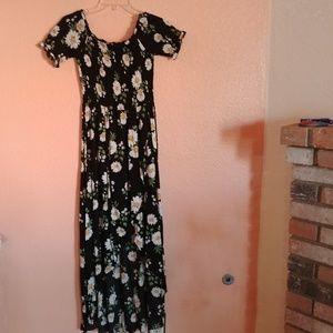 Pre-Owned off Shoulder Dress